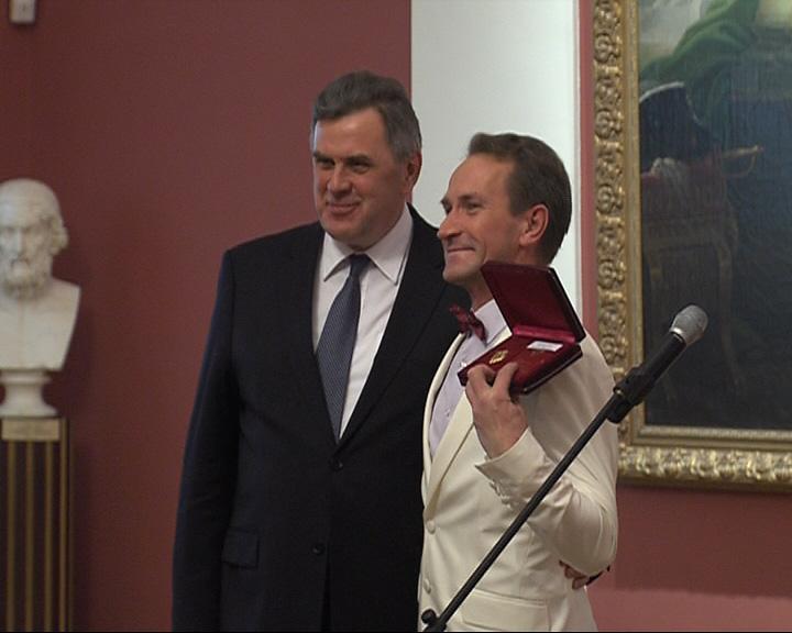 В Ярославле вручали государственные награды за заслуги перед отечеством и ярославской землёй