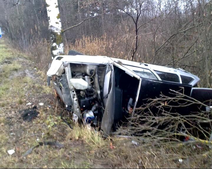 На трассе М-8 в Переславском районе перевернулся микроавтобус «Мерседес»