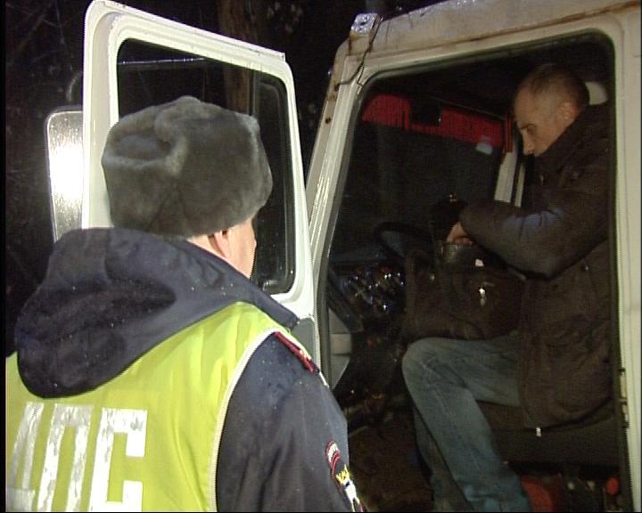 За выходные на областных дорогах выявили 76 пьяных водителей