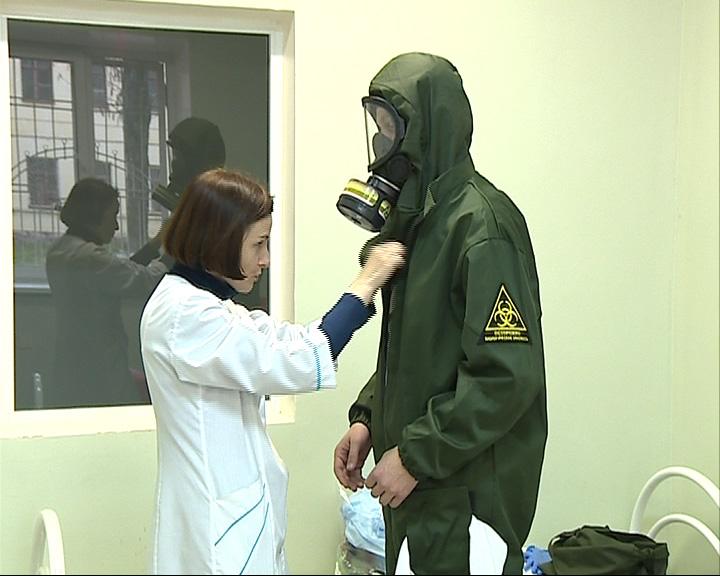 В Ярославле прошли учения по борьбе с лихорадкой Эбола