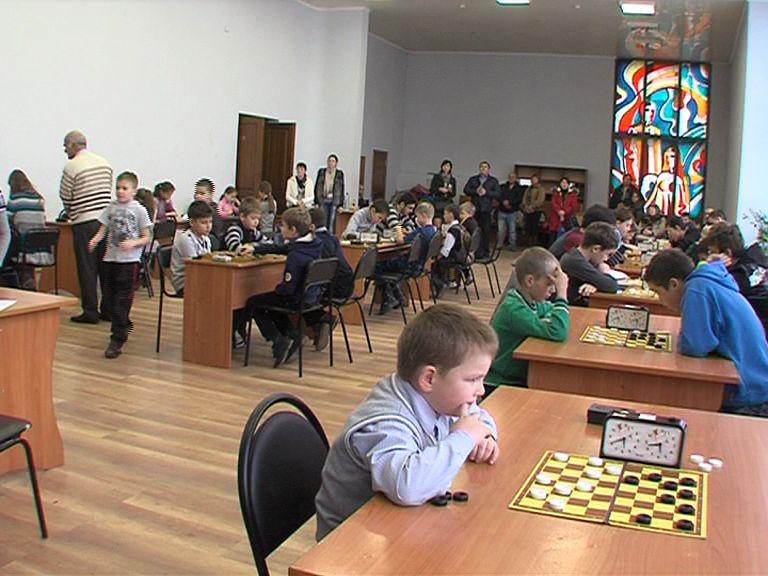 В Ярославле в выходные состоялось областное первенство по русским шашкам
