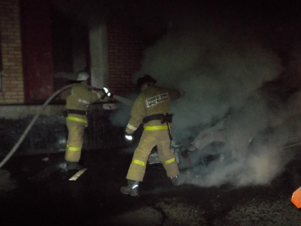 В Ярославле ранним утром сгорел «Фиат»