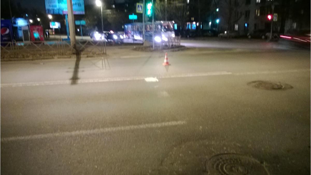 На улице Ухтомского водитель «Форда» сбил 11-летнюю девочку