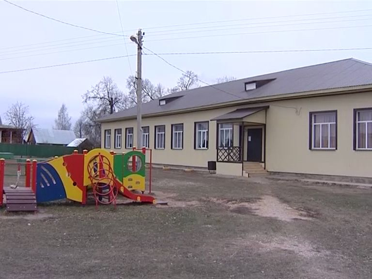 В Брейтовском районе отремонтировали Дом культуры