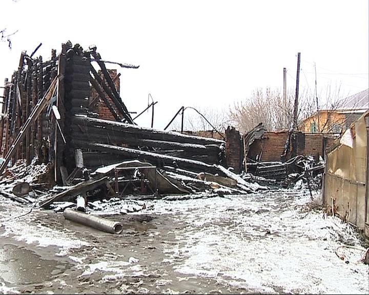 В Ростовском районе в пожаре погибли два пенсионера