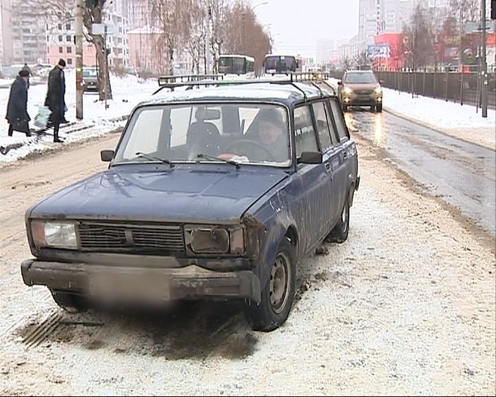 В Заволжском районе водитель «четверки» сбил женщину с коляской