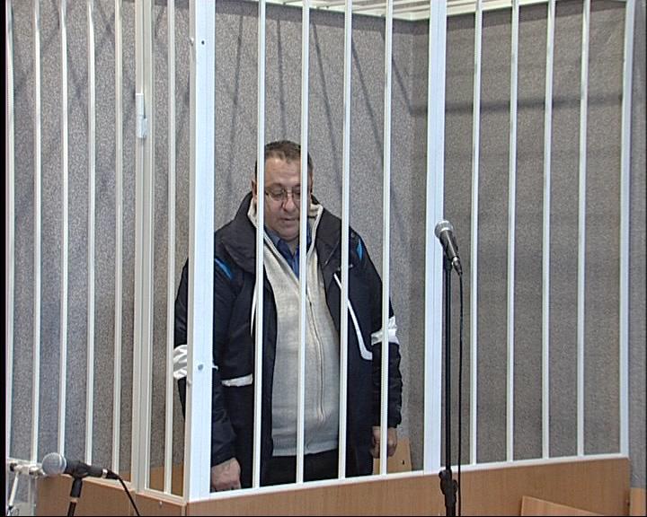Суд продлил арест экс-начальнику управления по муниципальному имуществу Ростовского района