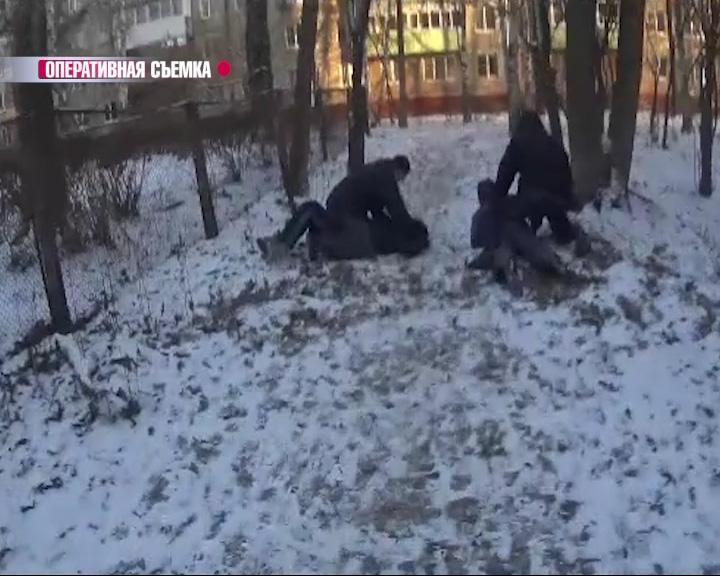 Наркополицеские задержали иностранцев с крупной партией героина