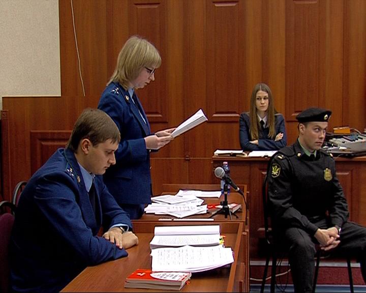 В Дзержинском суде состоялось первое слушание по уголовному делу о гибели хоккейной команды «Локомотив»