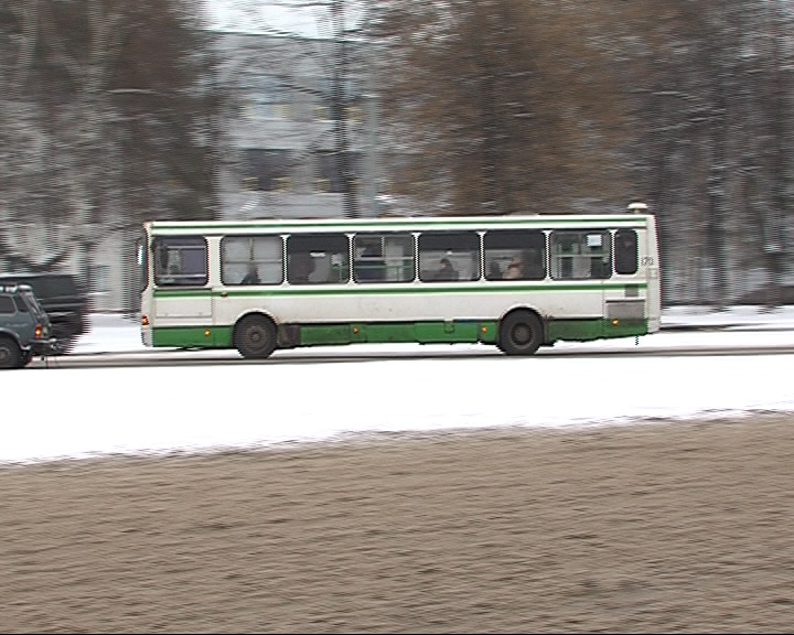 С ряда заволжских маршрутов снимаются автобусы большой вместимости