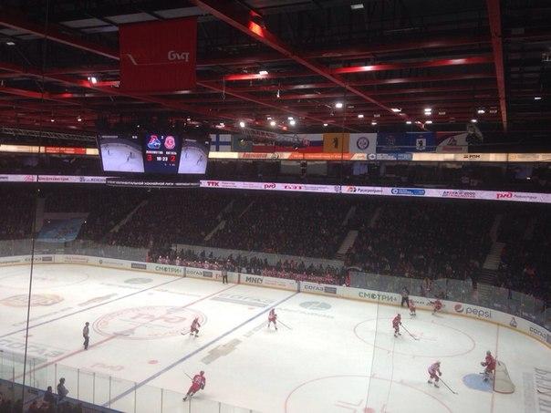«Локомотив» обыграл «Витязь» в домашнем матче
