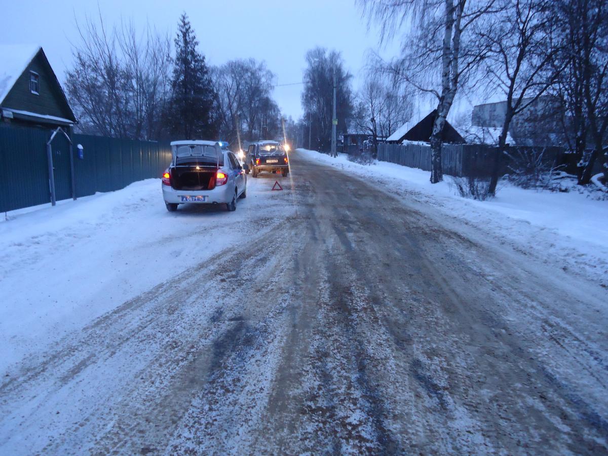 В Рыбинске под колеса «Нивы» угодил восьмилетний мальчик