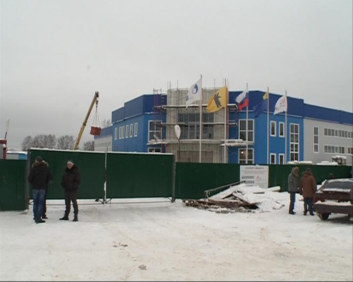 Александр Князьков в Мышкине проверил стройки соцобъектов