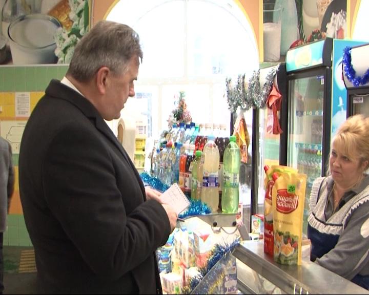 Губернатор Ярославской области лично проверил цены на центральном рынке
