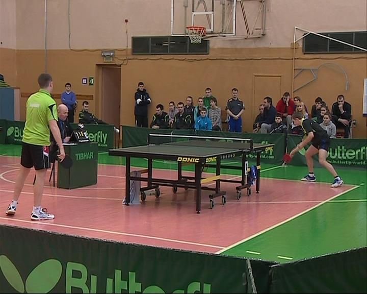 В Ярославле стартовал чемпионат ЦФО по настольному теннису