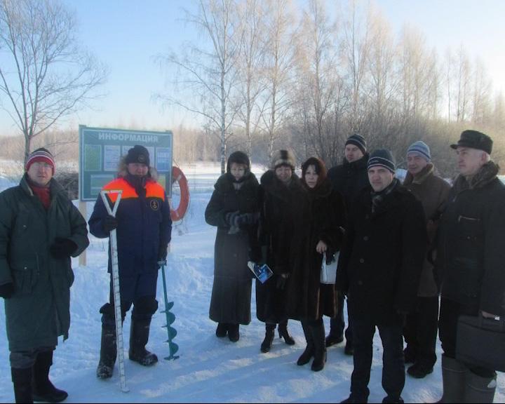 В Некрасовском районе открыли пешую переправу через Волгу
