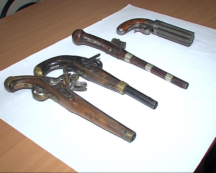 В Ярославском музее-заповеднике готовят к экспозиции уникальную коллекцию оружия