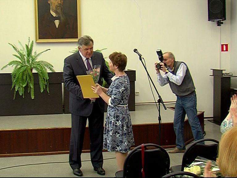Сергей Ястребов поздравил с профессиональным праздником ярославских библиотекарей