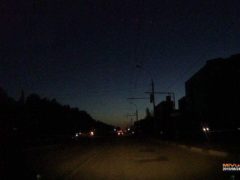 Вандалы оставили жителей Брагина без электричества