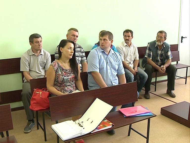 Несколько водителей ярославской станции «скорой помощи» подали в суд на свое руководство