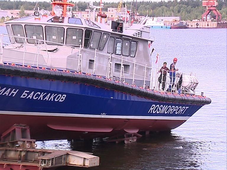 На ярославском судостроительном заводе спустили катер для Белого моря