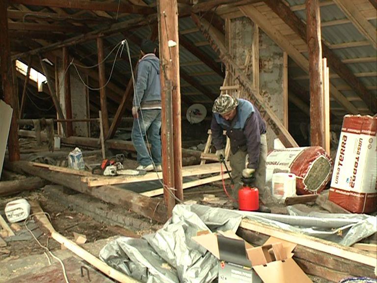 Областные депутаты проверили, как ведется капремонт ярославских домов