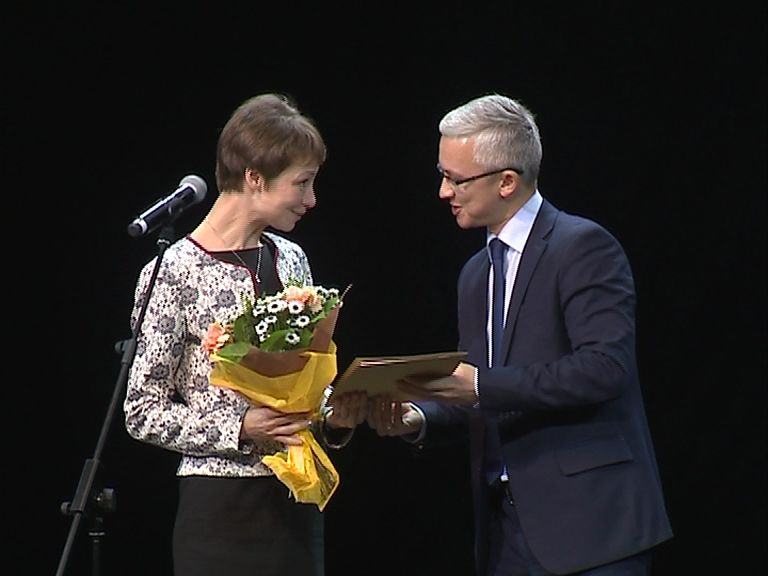 В КЗЦ «Миллениум» наградили авторов серии книг «Библиотека ярославской семьи»