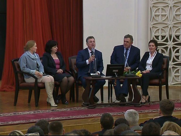 Замминистра образования и науки России посетил Ярославль