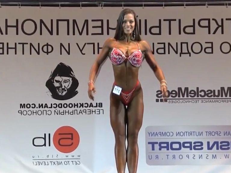 Ярославна стала серебряным призером чемпионата России по бодибилдингу и фитнесу