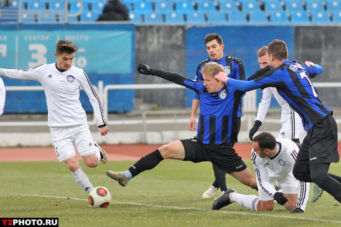 «Шинник» на родном стадионе проиграл аутсайдеру ФНЛ – «КАМАЗу»