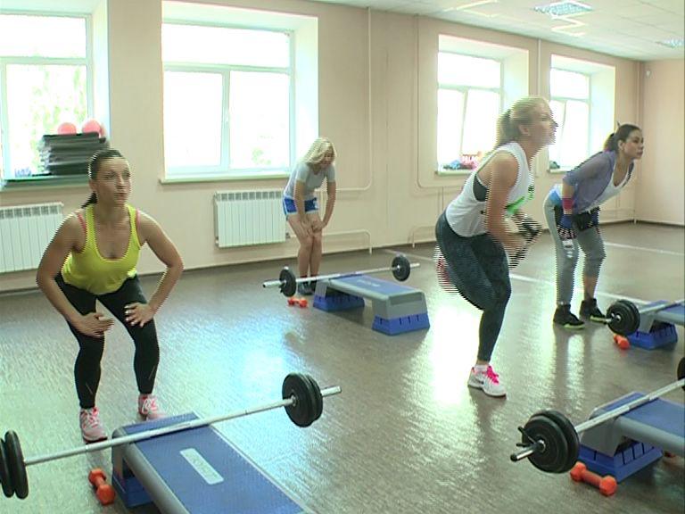 Россиян могут материально стимулировать за посещение тренажерных залов и фитнес-центров