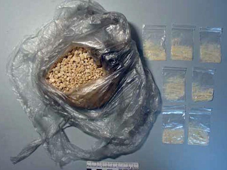В колонию №1 наркополицейские предотвратили переброс наркотиков