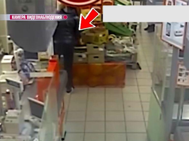 Видеозапись помогла раскрыть кражу барсетки