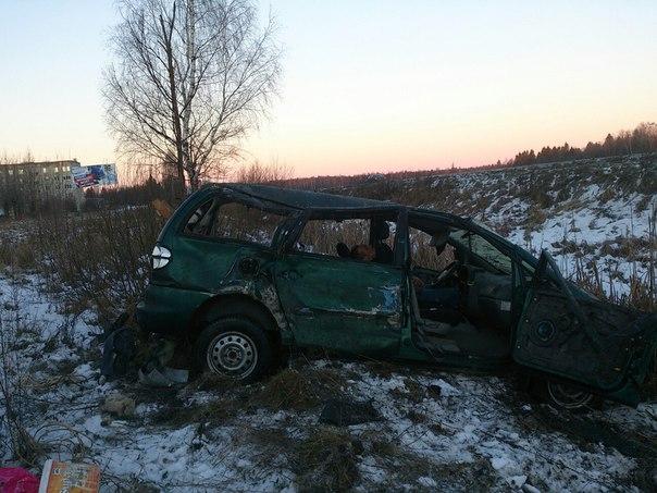 Столкновение ПАЗа и «Фольксвагена» на рыбинской трассе: погибла пассажирка иномарки