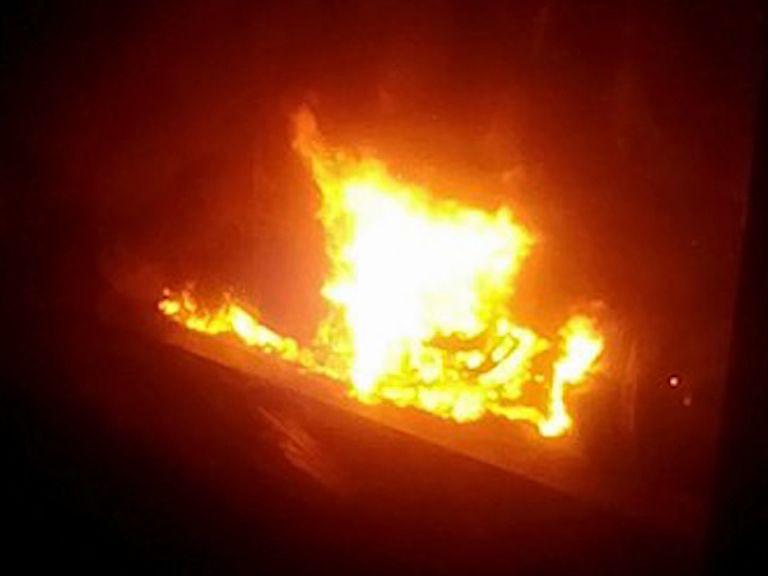 На улице Папанина сгорели два авто