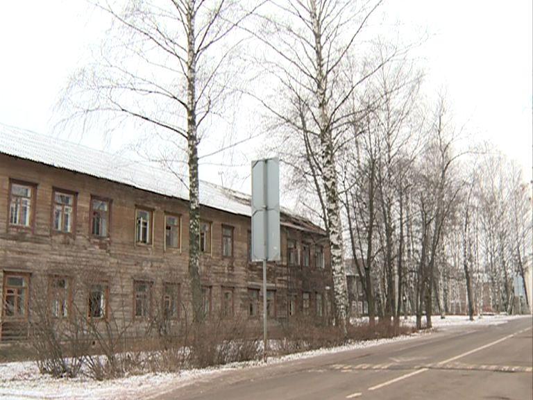 В поселке «Завода 50» полыхал барак