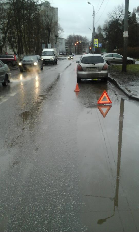 На улице Красноборской водитель «Ниссана» сбил 8-летнего ребенка