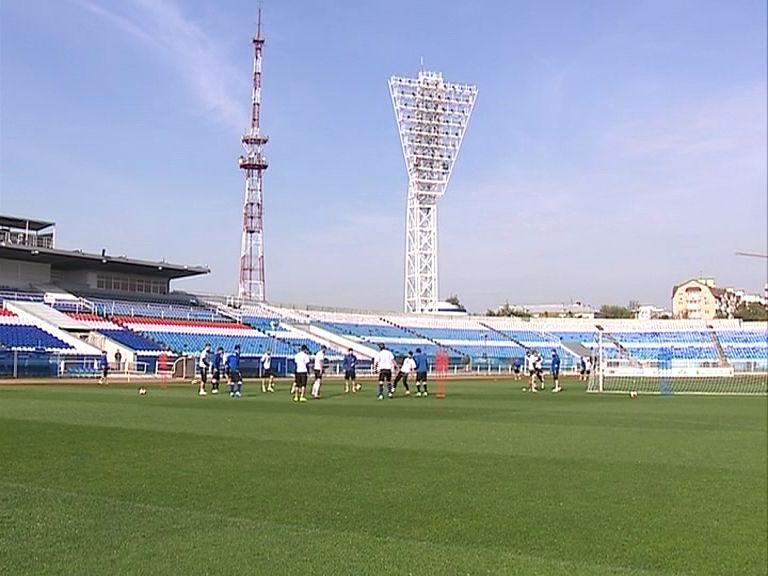 Около 200 миллионов рублей выделят на реконструкцию стадионов «Славнефть» и «Шинник»
