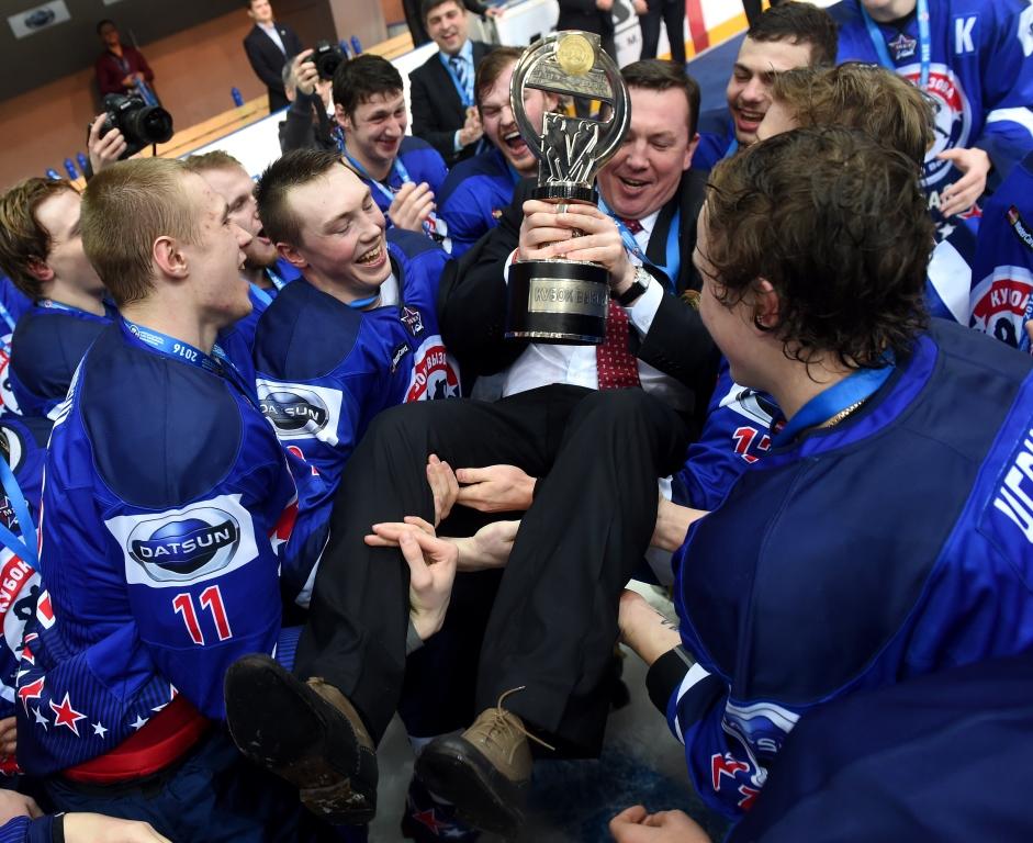 Хоккеисты «Локо» стали обладателями Кубка Вызова МХЛ