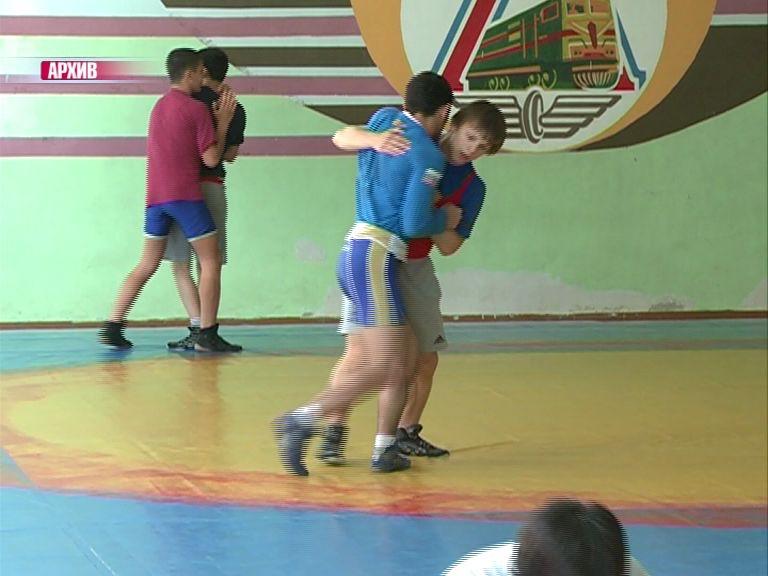 Ярославские борцы успешно выступили на всероссийском турнире