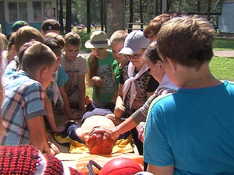 В загородных лагерях Ярославской области проводятся занятия по безопасности