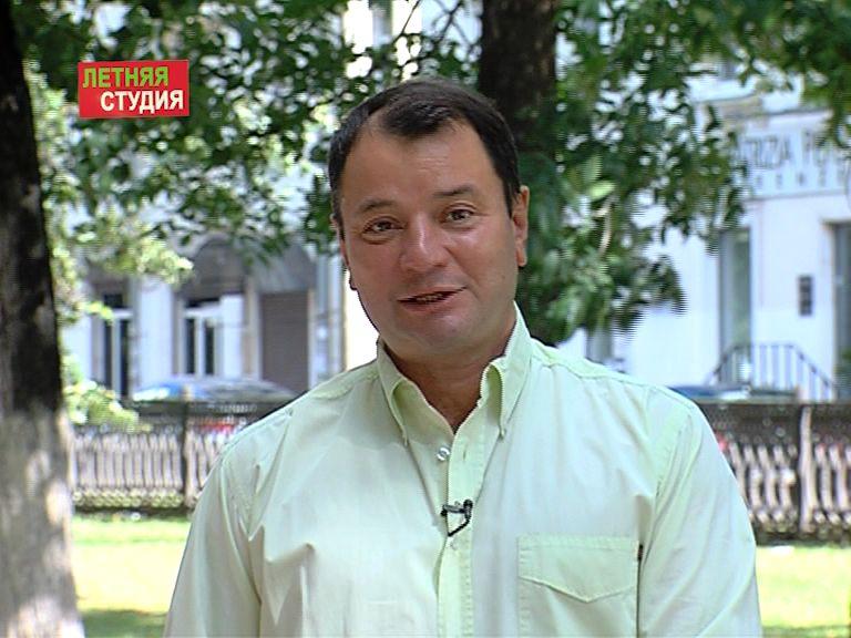 Программа от 22.08.2016: Юрий Итин, директор театра драмы им.Волкова