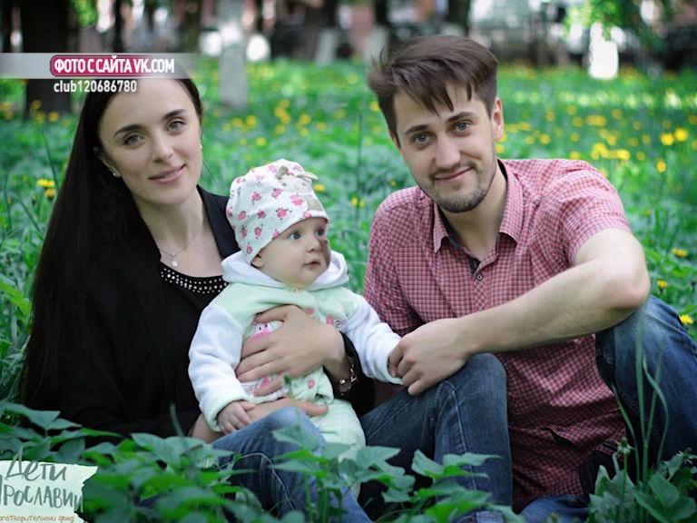 Ученики ярославской школы отказались от цветов на 1 сентября, чтобы собрать деньги на операцию девочке