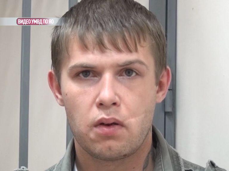 В Дзержинском районе 29-летний напал с ножом на пару