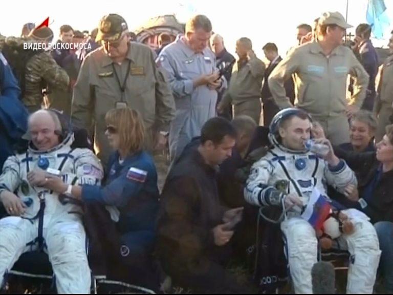 Алексей Овчинин вернулся на Землю