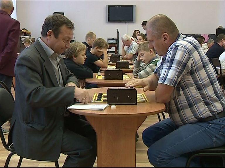 Всероссийские соревнования по русским шашкам стартовали в Ярославле
