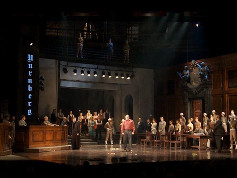 На сцене Волковского показали «Нюрнберг»