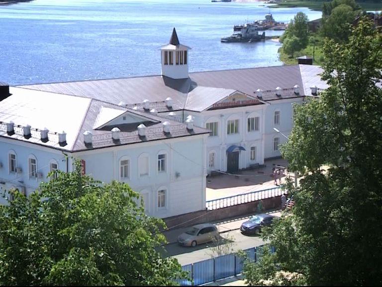 В Ярославле обсудили проблемы молодежного туризма