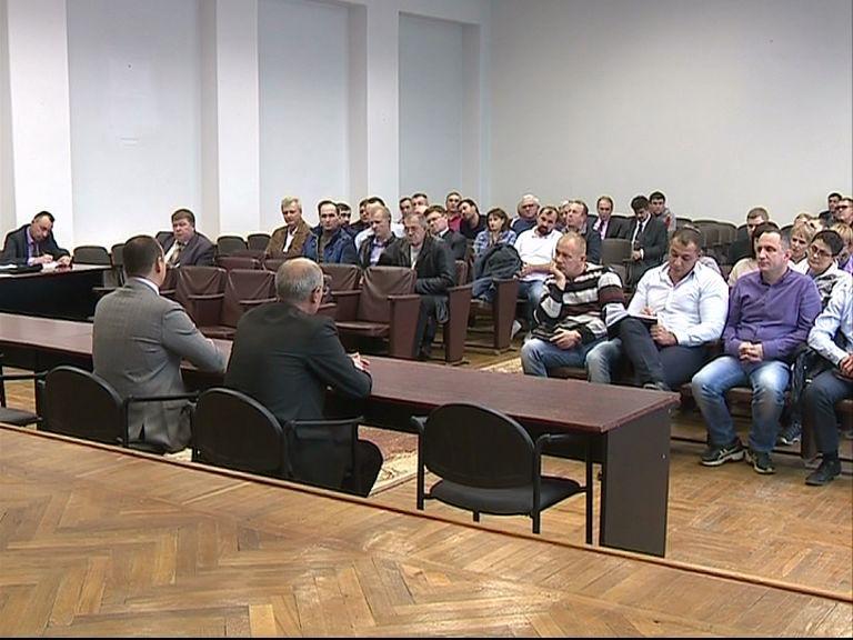 В Департаменте городского хозяйства прошло совещание с водителями маршруток
