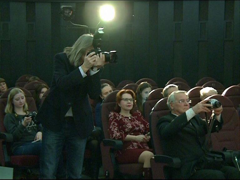 Журналисты области обсудили роль профессии в поддержании мира и согласия